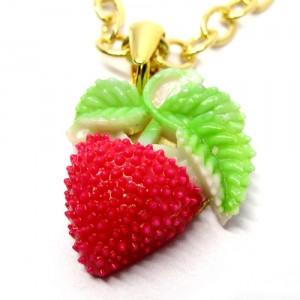 レトロフルーツのネックレス苺1