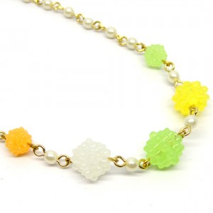 金平糖とパールのネックレス緑黄2