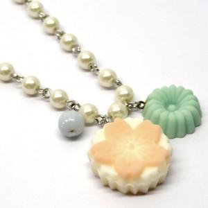 和三盆のネックレス桜1