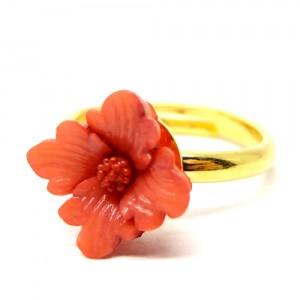 お花の指輪紅