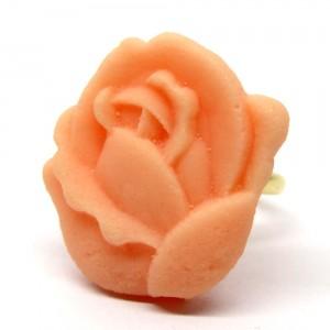 和三盆の指輪薔薇1