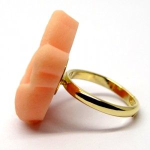 和三盆の指輪薔薇2